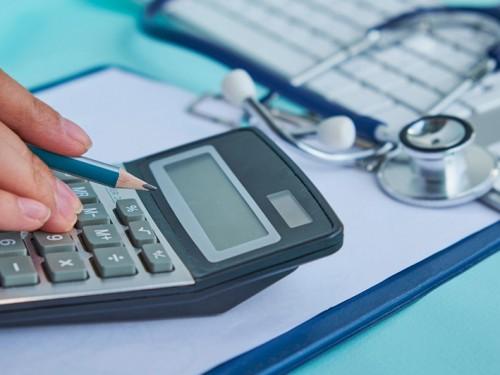 Confira 4 dicas de sucesso de gestão financeira para médicos